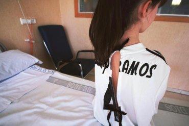 314431599b1c0a Le maglie dei calciatori diventano camici per i bambini in ospedale