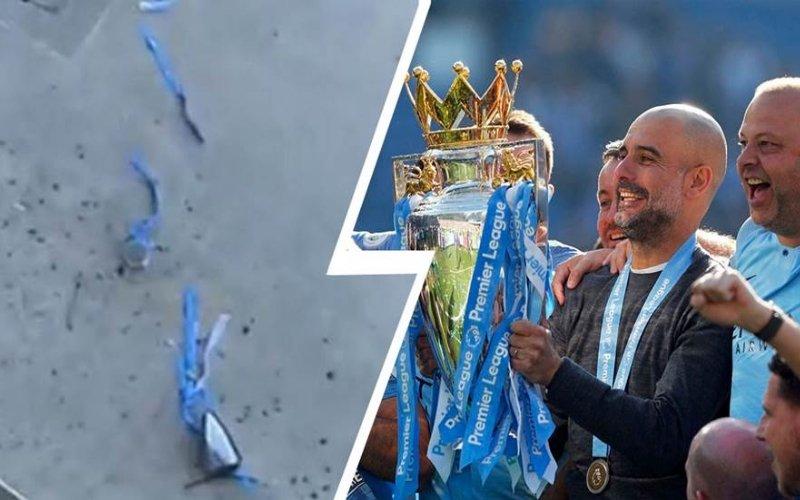 Il Manchester City ha distrutto il trofeo della Premier League