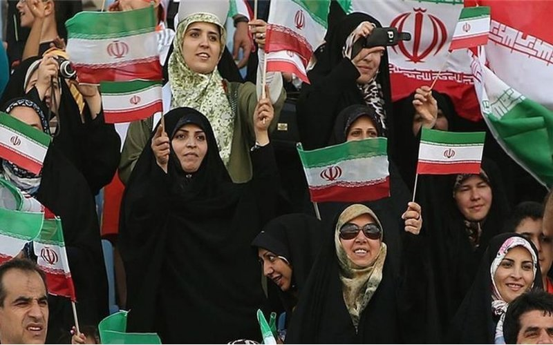 E' morta la tifosa iraniana che si era data fuoco per protesta